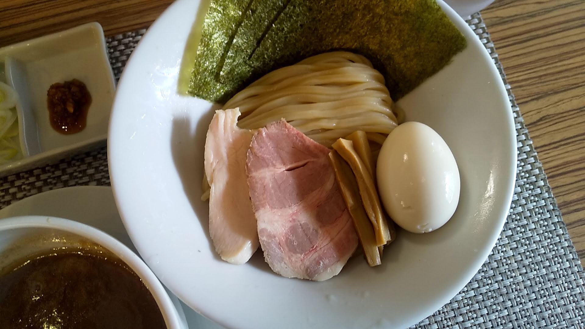 つけ麺和の特製つけ麺の麺皿