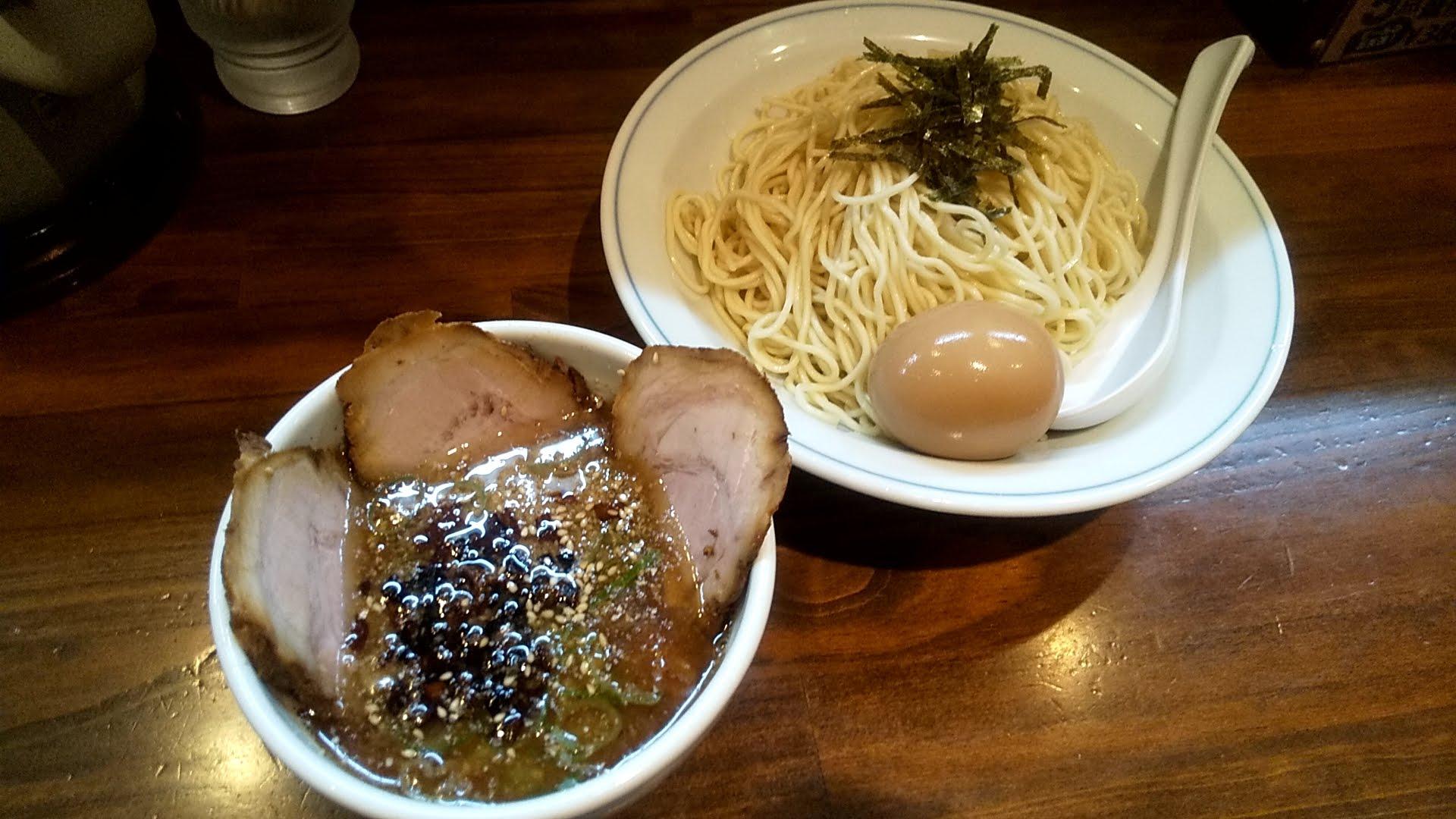 むらさき山の紫つけ麺
