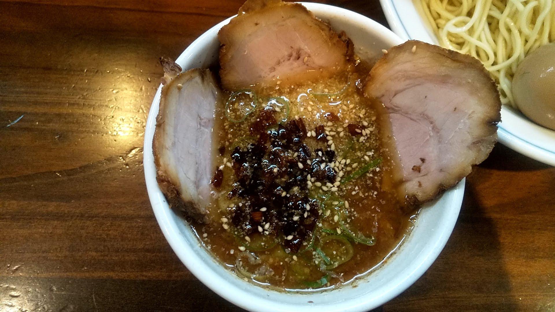 むらさき山の紫つけ麺のつけ汁