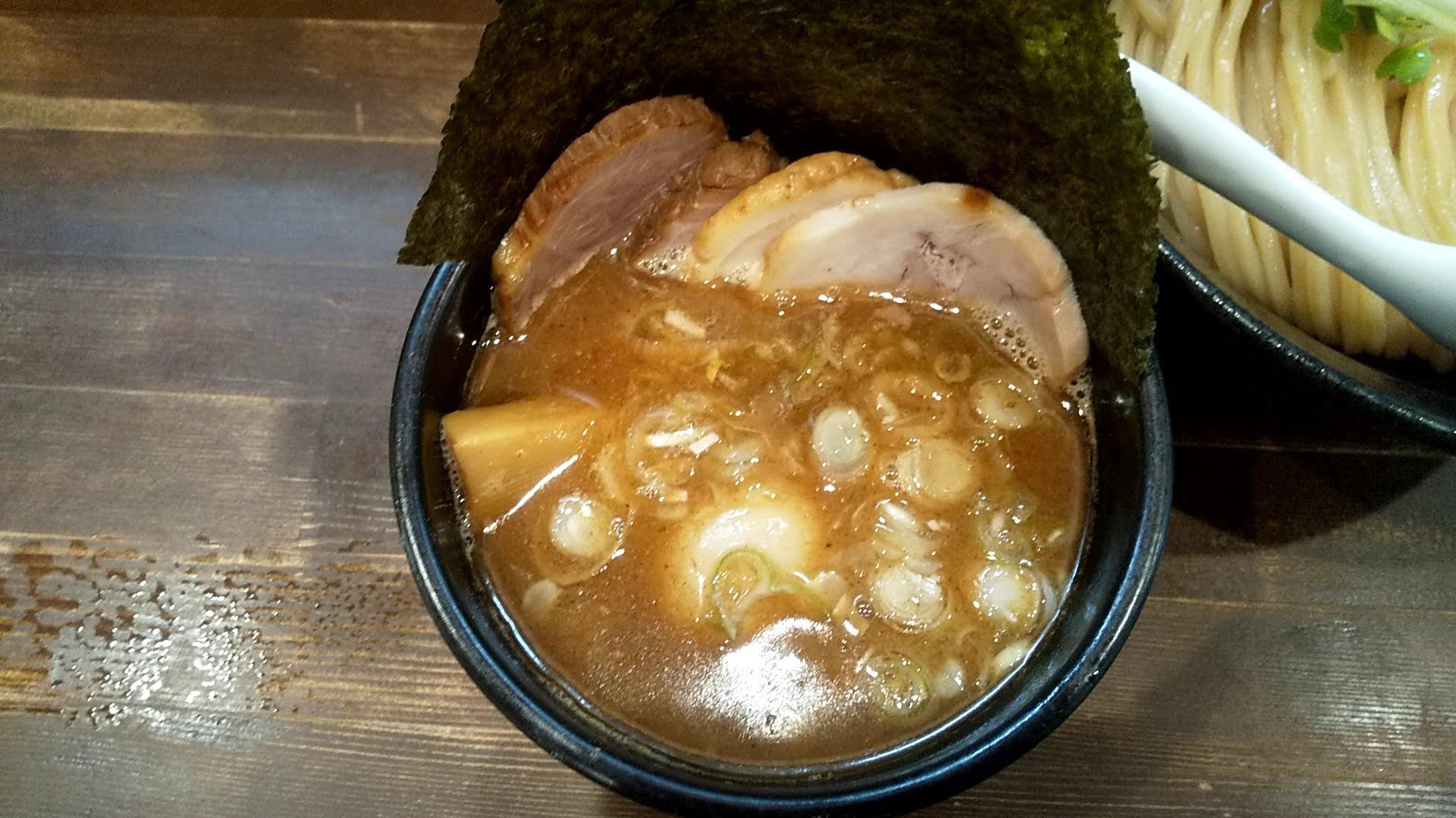 まる文の得つけ麺のつけ汁