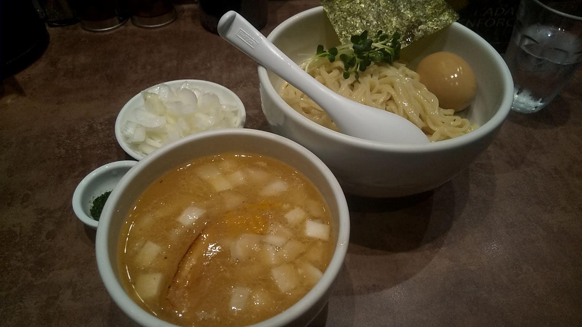ヌードルサウンズのホタテ69つけ麺