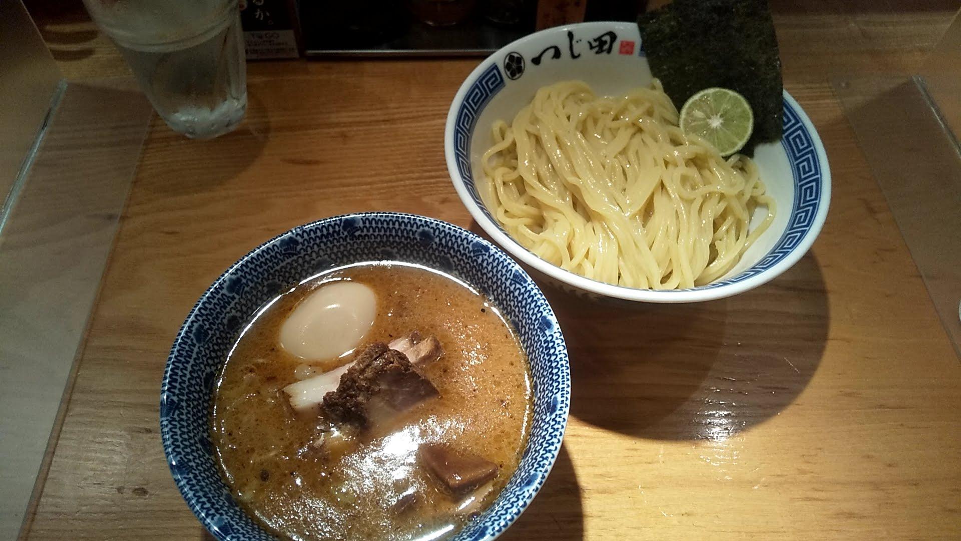 つじ田日本橋店の濃厚特製つけ麺