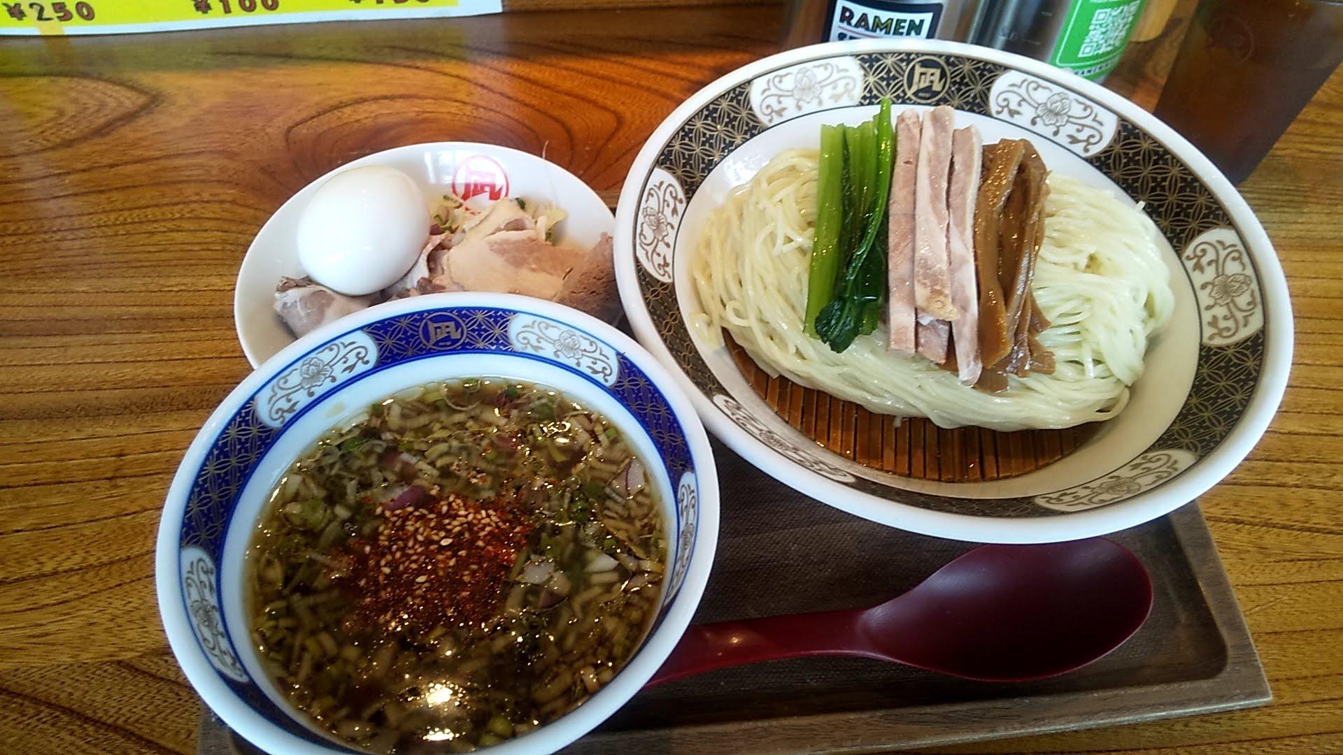 ラーメン凪浅草店の特製煮干しざる中華