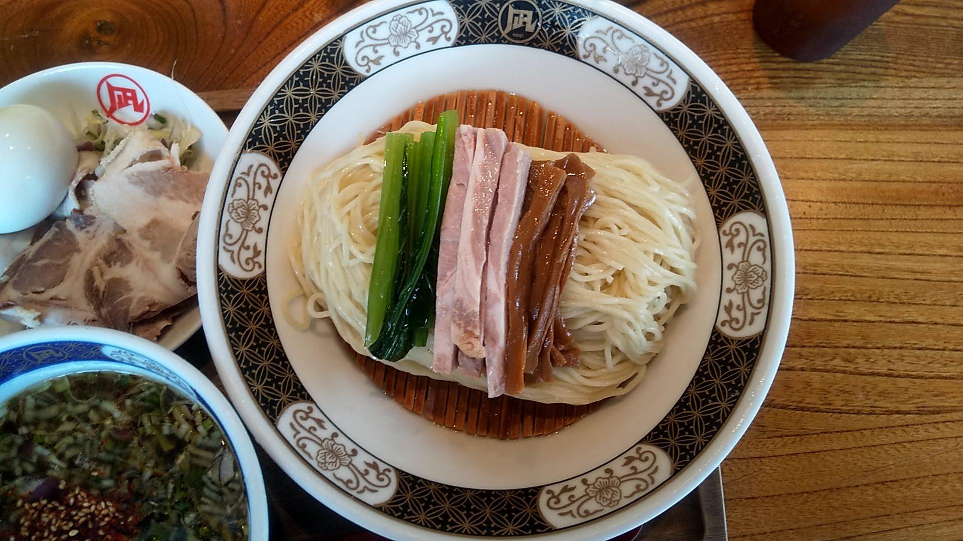 ラーメン凪浅草店の特製煮干しざる中華の麺皿