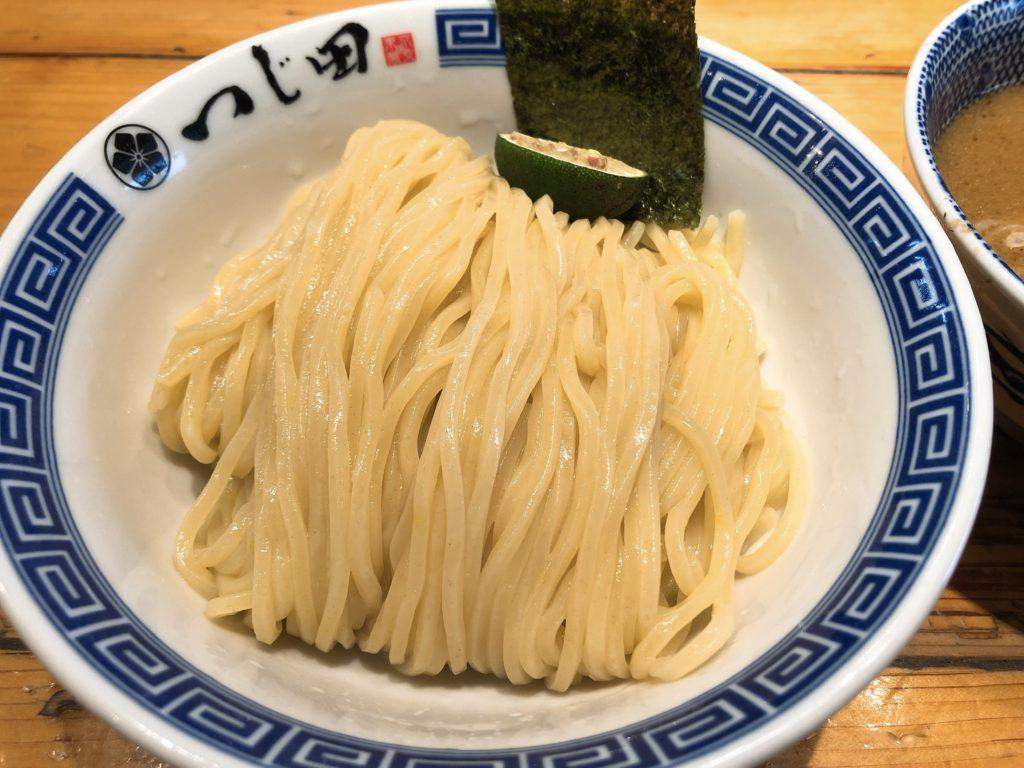 つじ田の麺