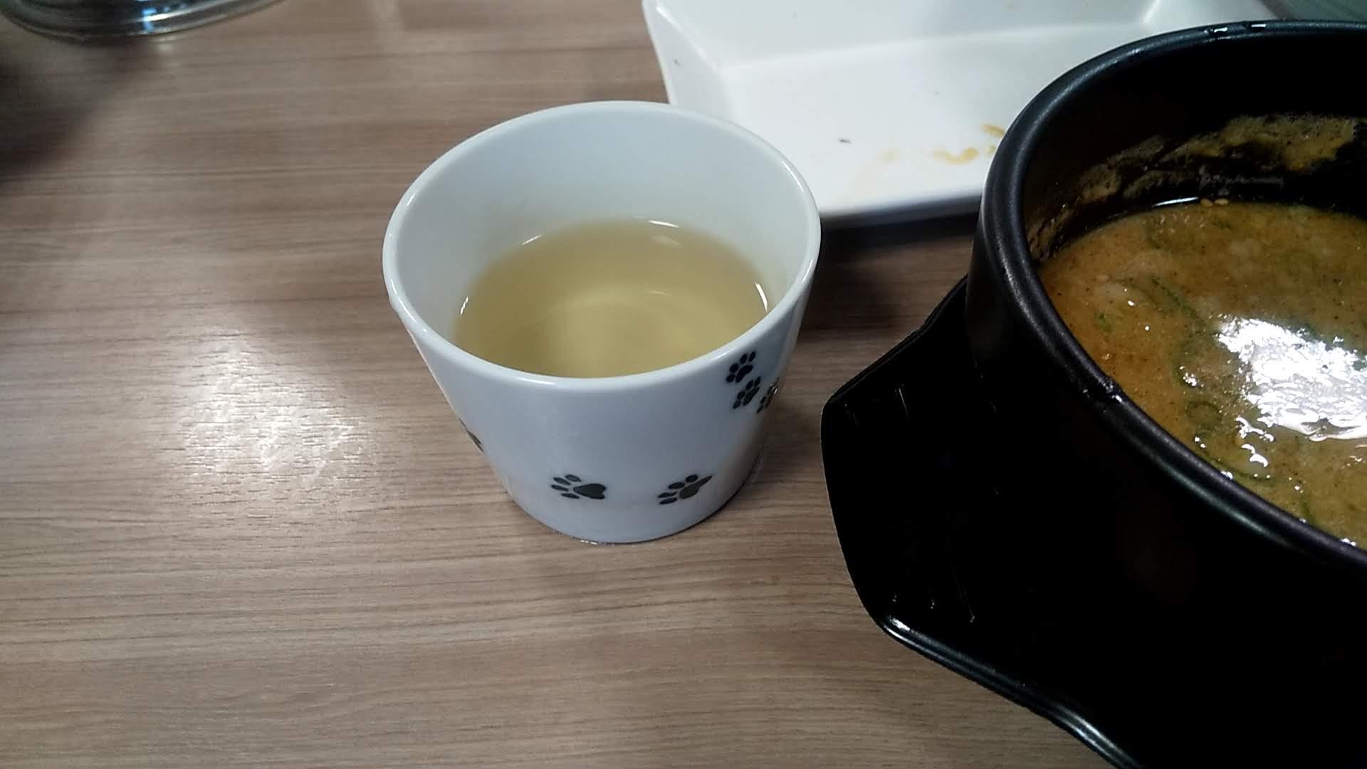 越後つけ麺維新の特製かつおつけ麺の割りスープ