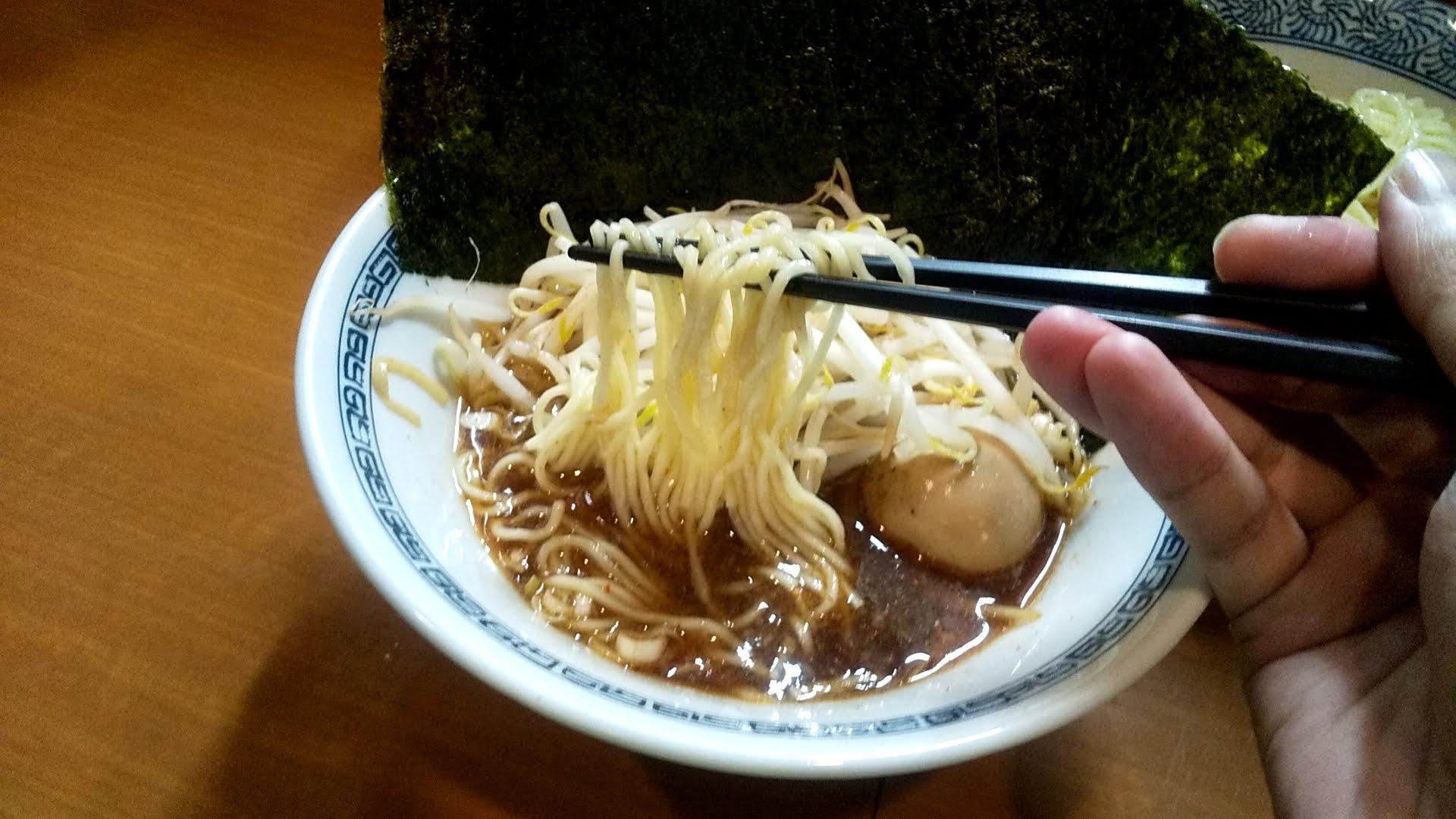 中華そばばんやの細つけ麺の麺リフト