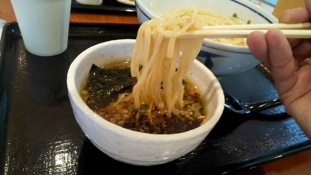 麺処直久錦糸町店の鶏×魚介つけ麺の麺リフト