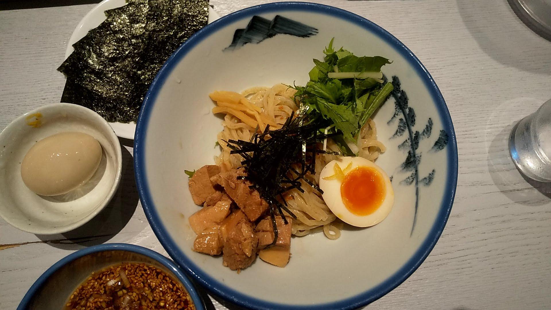 AFURI六本木ヒルズ店のつけ麺の麺皿の写真