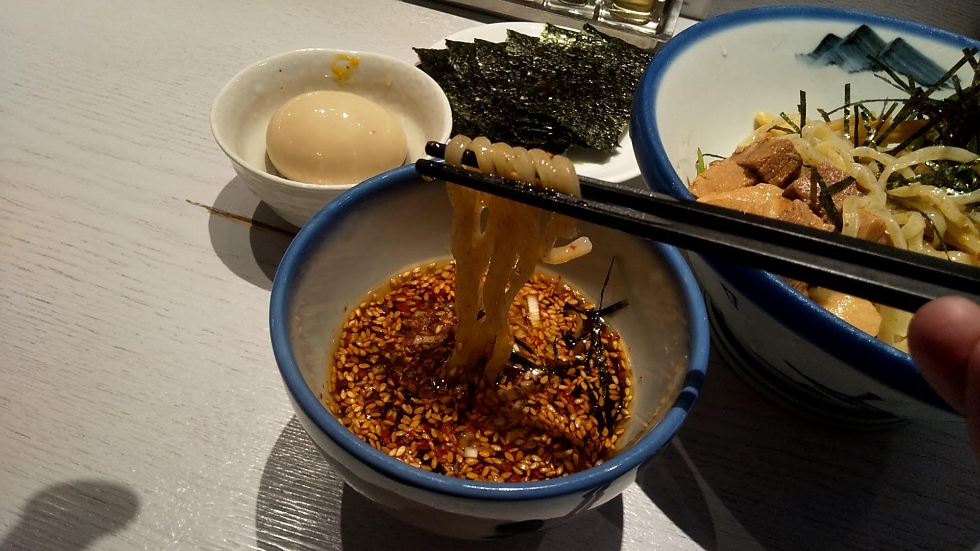 AFURI六本木ヒルズ店のつけ麺の麺リフト写真