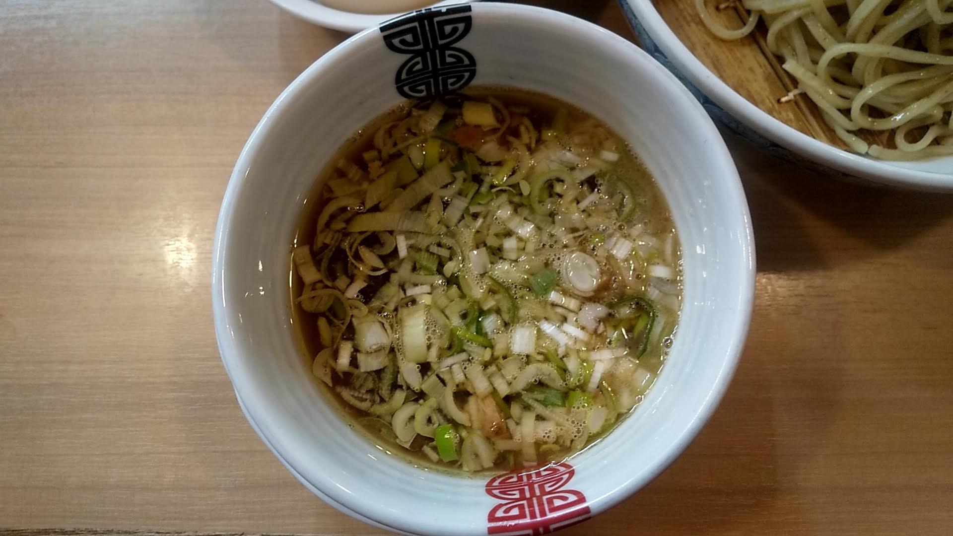 多賀野の特製つけ麺のつけ汁の写真