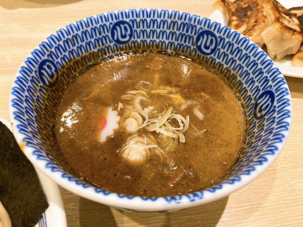 心の味製麺のスープ