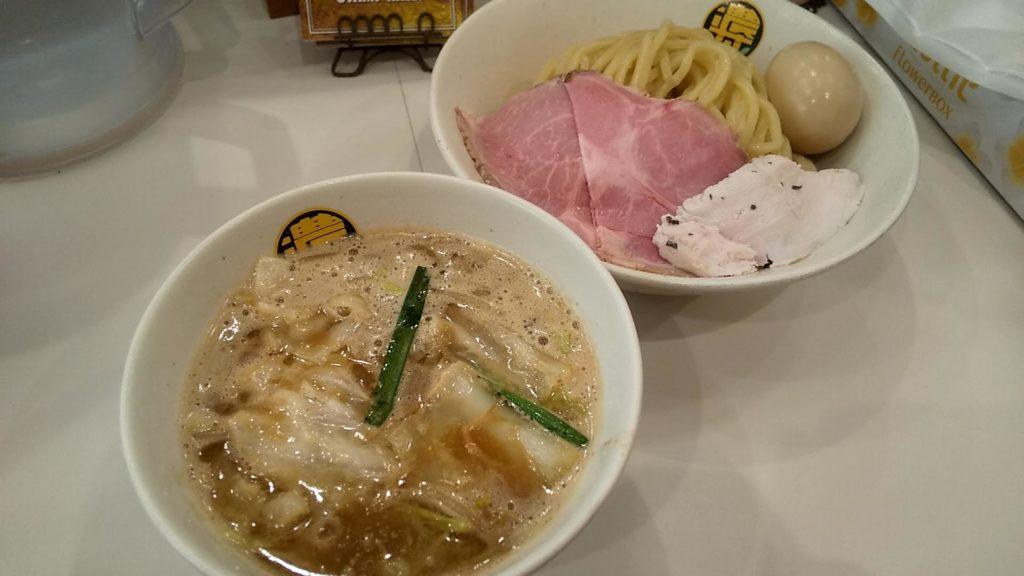 濃菜麺井の庄のつけめんの写真