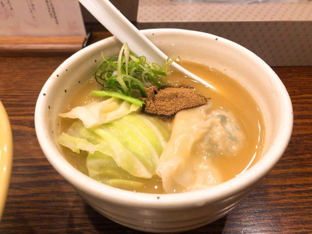 麺宿志いなのスープ