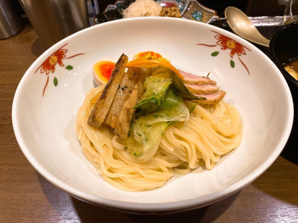 八咫烏の限定麺