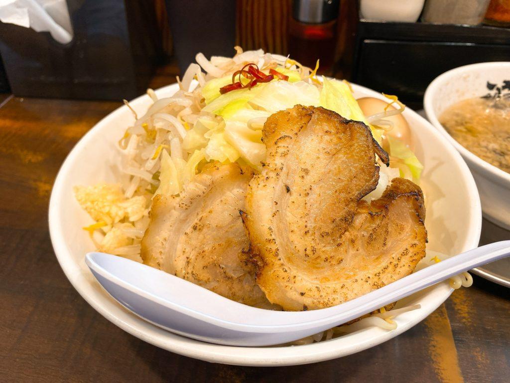 らーめん潤の麺