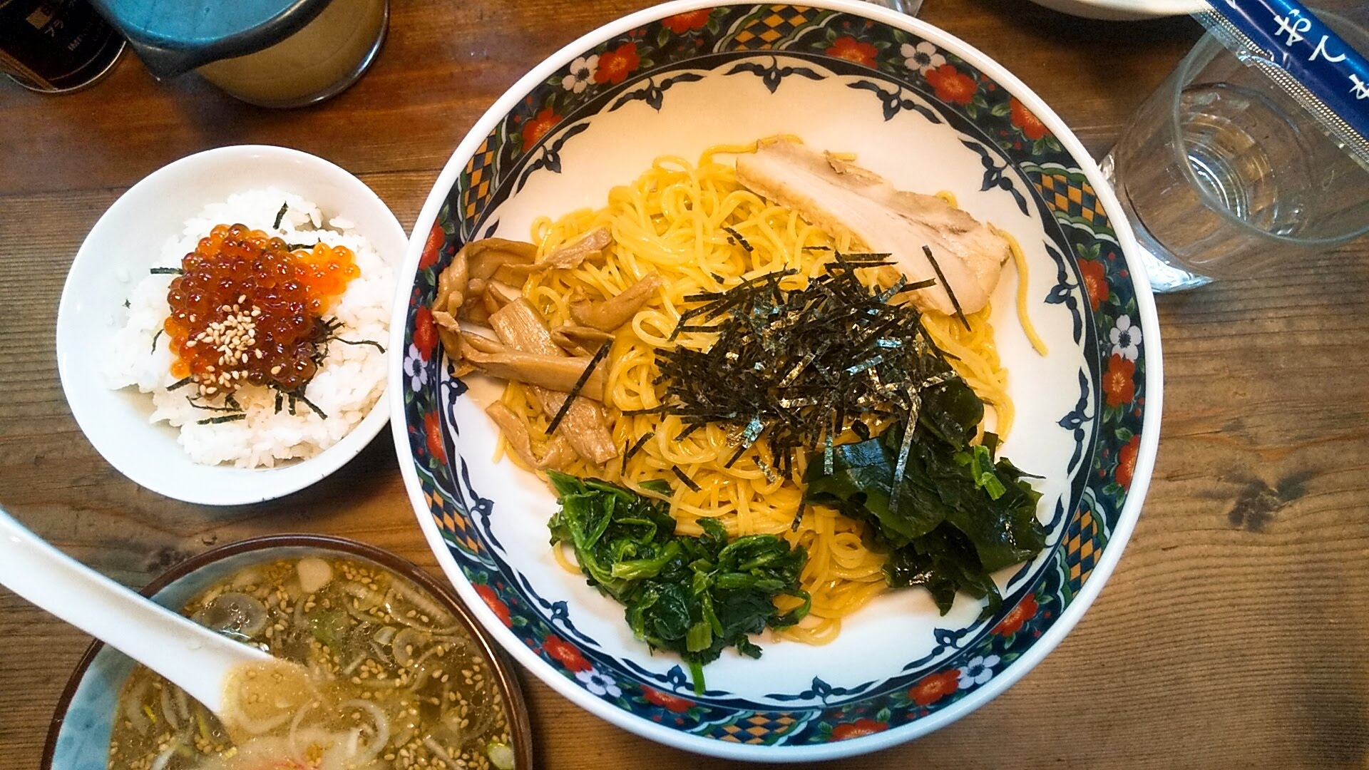 船見坂のつけ麺の麺皿の写真