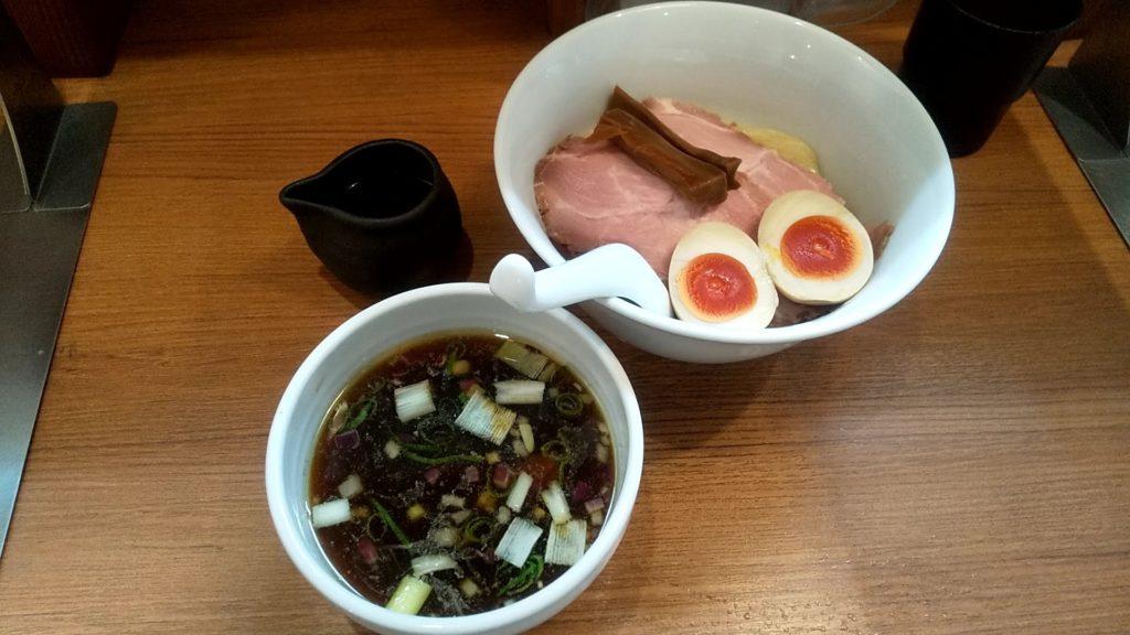 鶏そば煮干そば花山の特製つけ麺