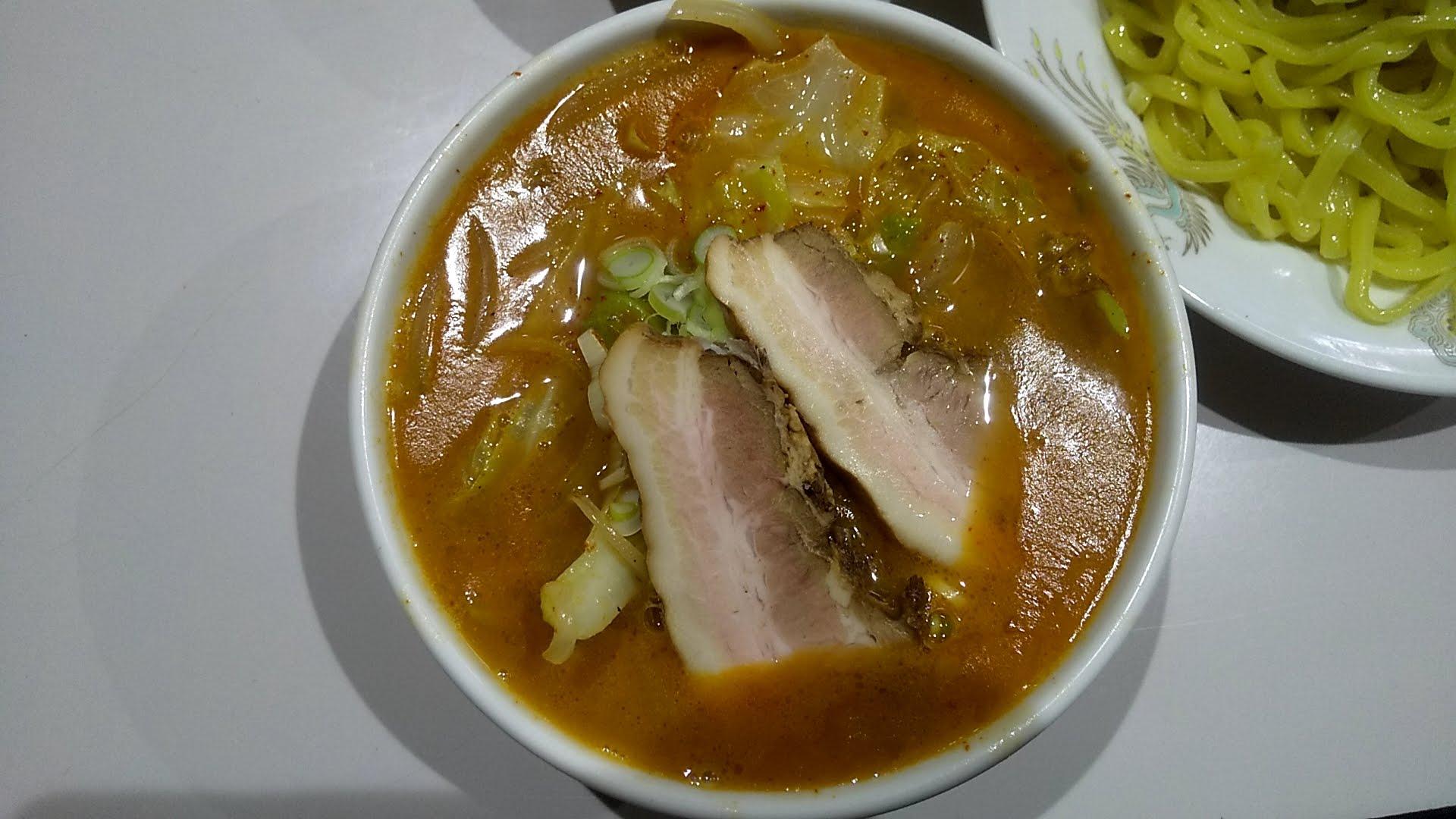 ラーメン太郎の俺様つけ麺のつけ汁写真