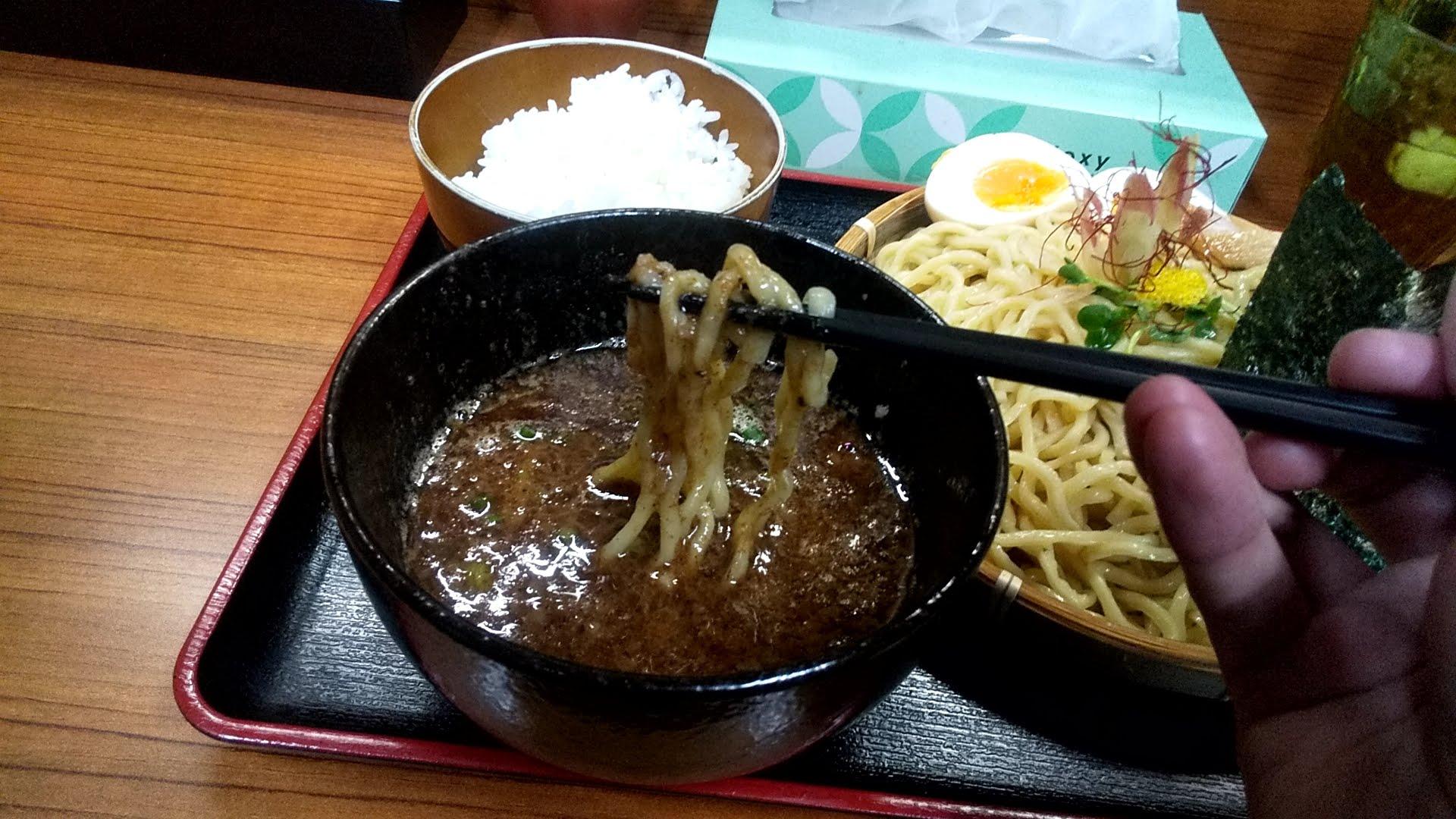 宣のつけ麺の麺リフト写真
