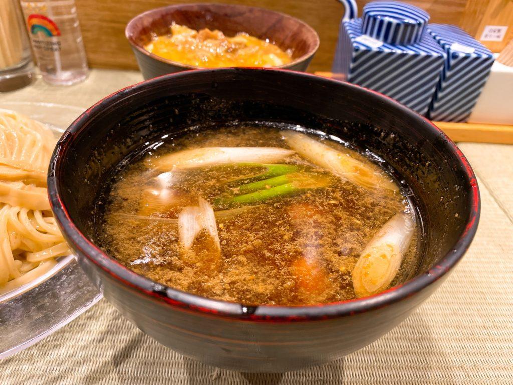 らーめん鴨to葱のスープ