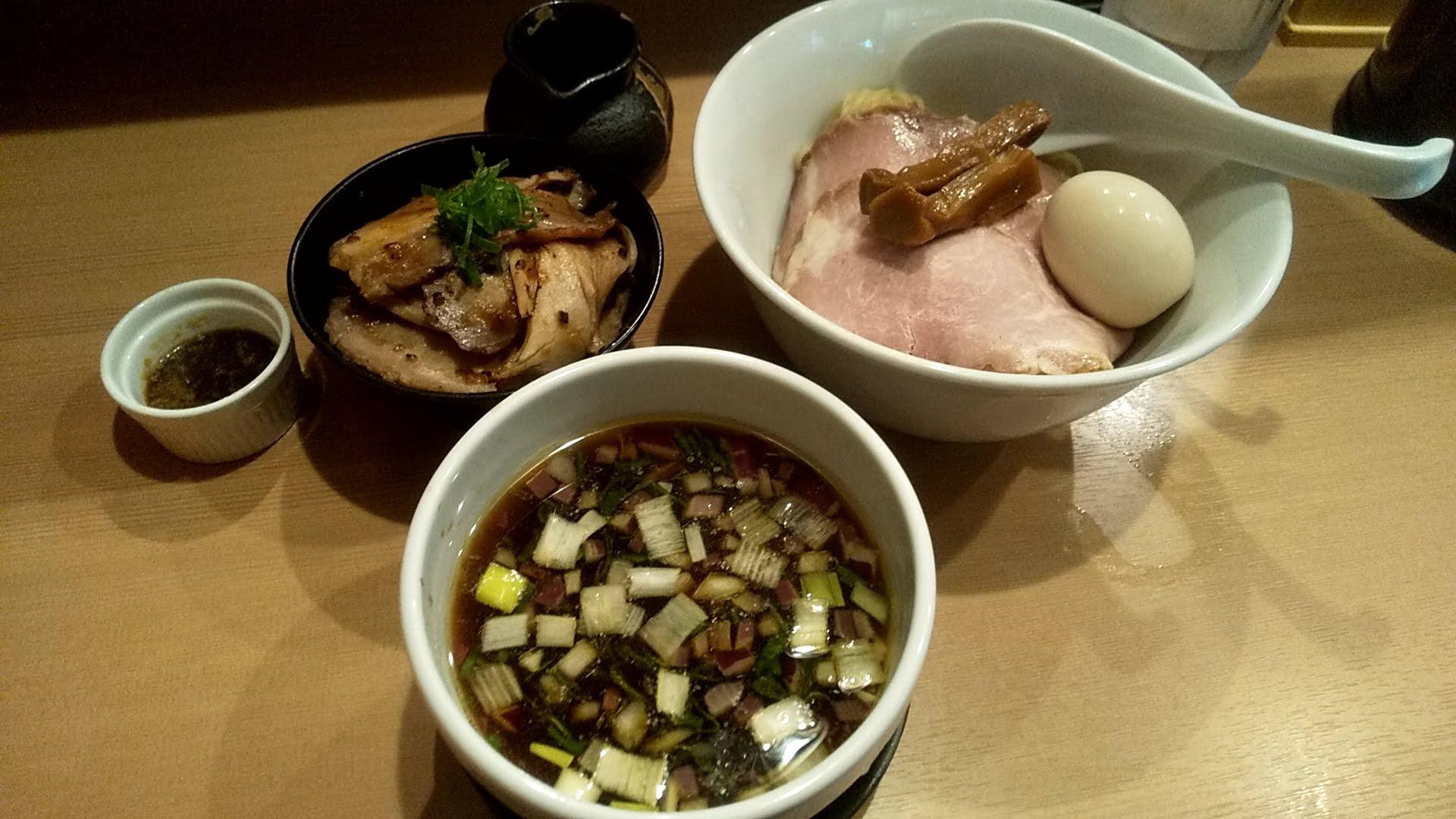 麺亭しま田の特製つけ麺の写真