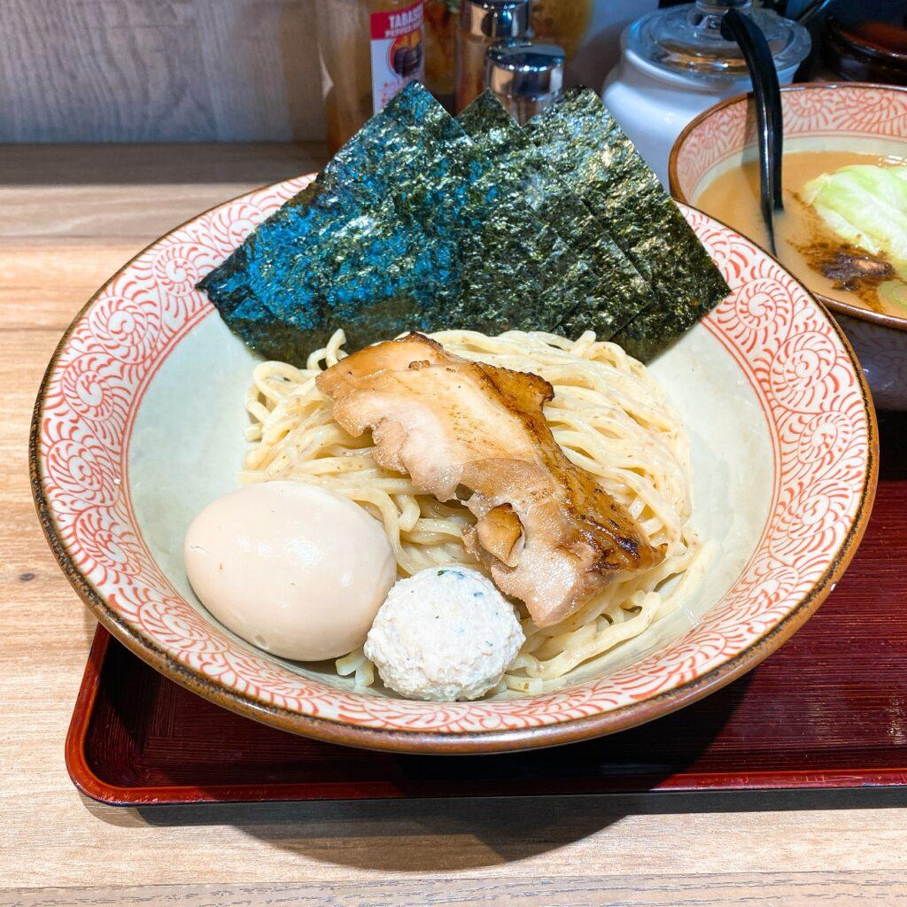 鶏そば かぐら屋の麺