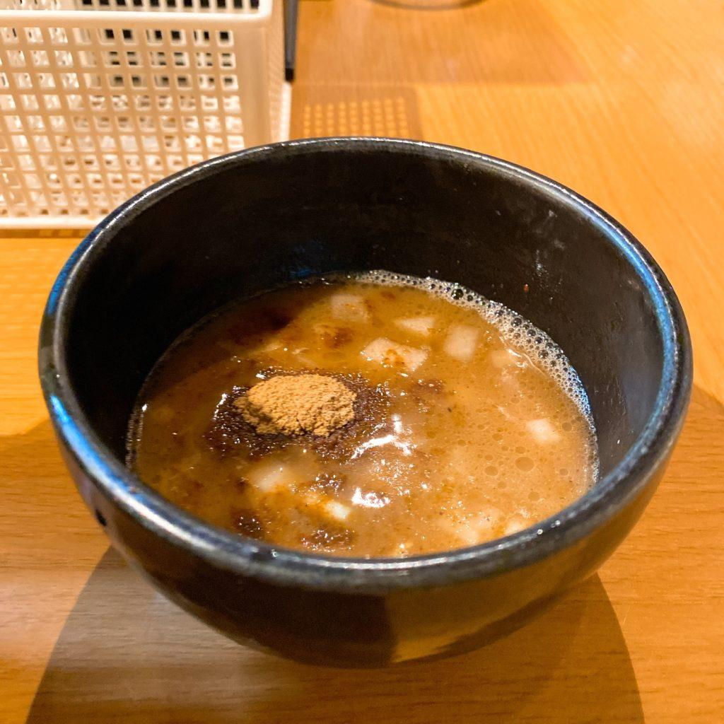麺屋炙りのスープ