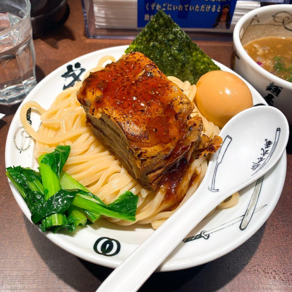 麺屋武蔵武仁の麺