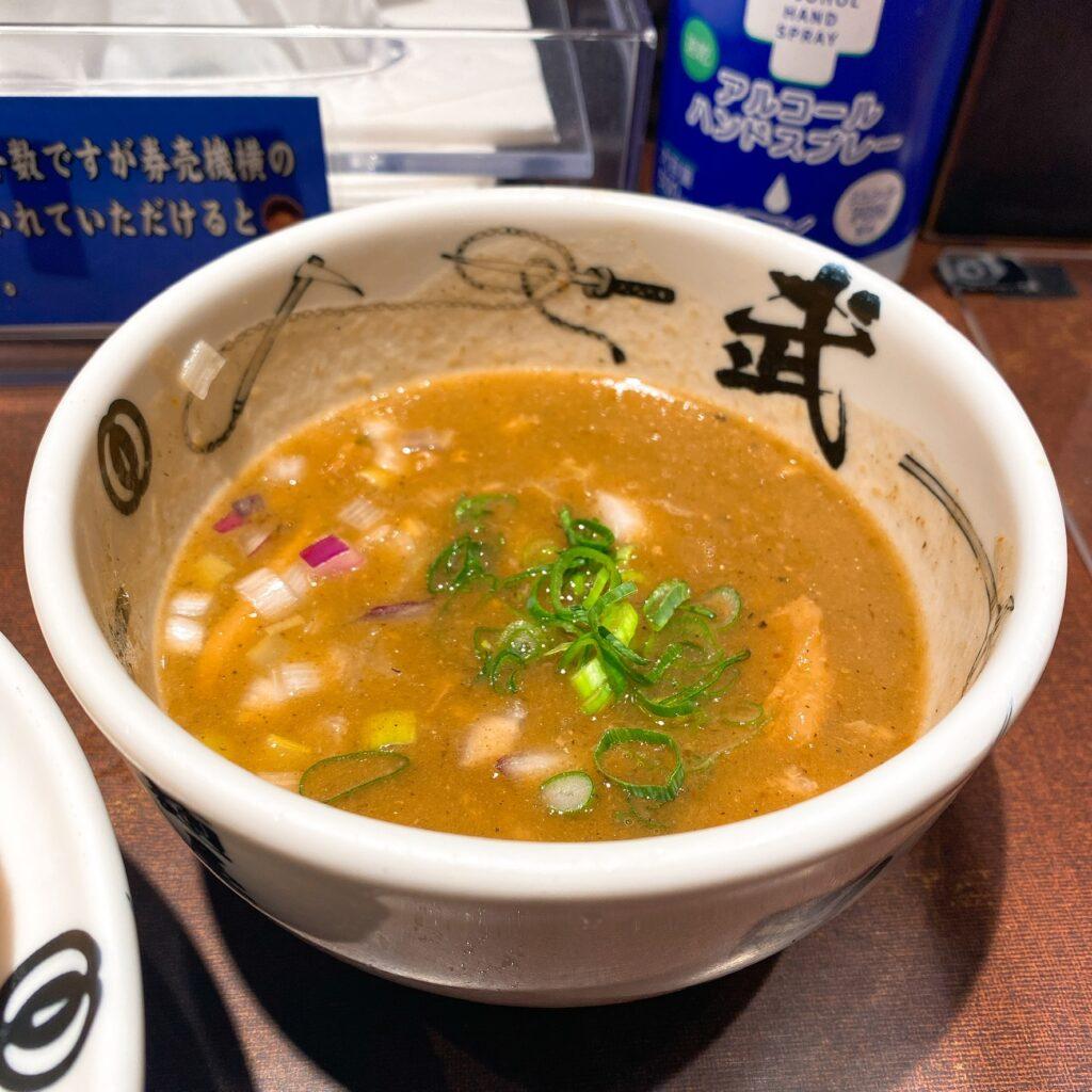 麺屋武蔵武仁のスープ