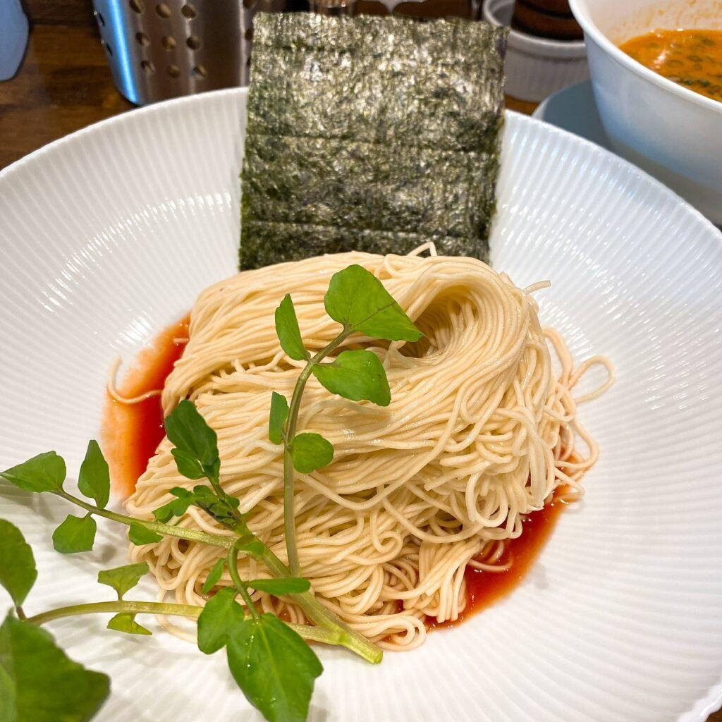 創作麺工房鳴龍の麺
