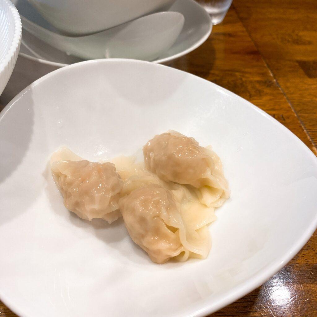 創作麺工房鳴龍の海老ワンタン