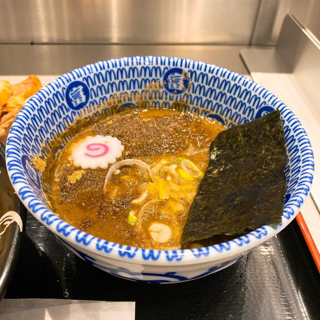 松戸富田麺絆のスープ