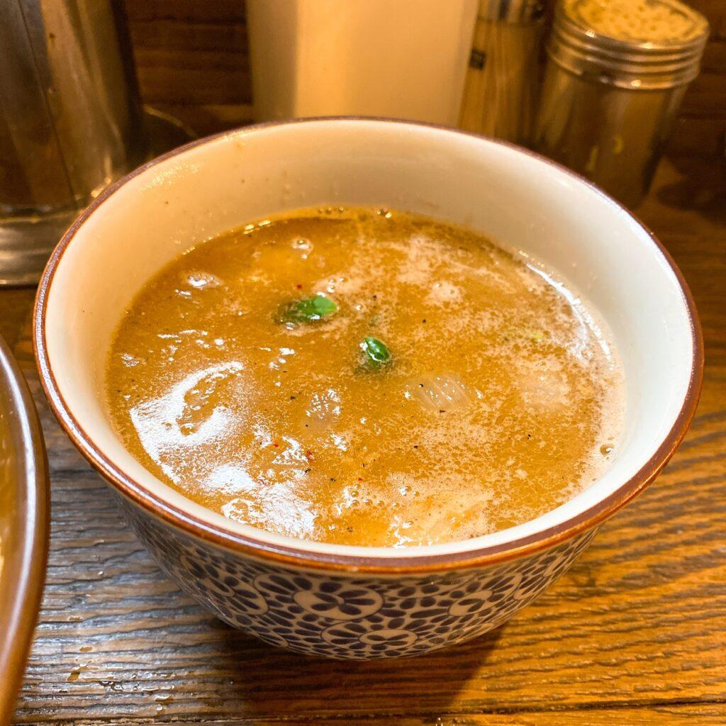 めん屋桔梗のスープ