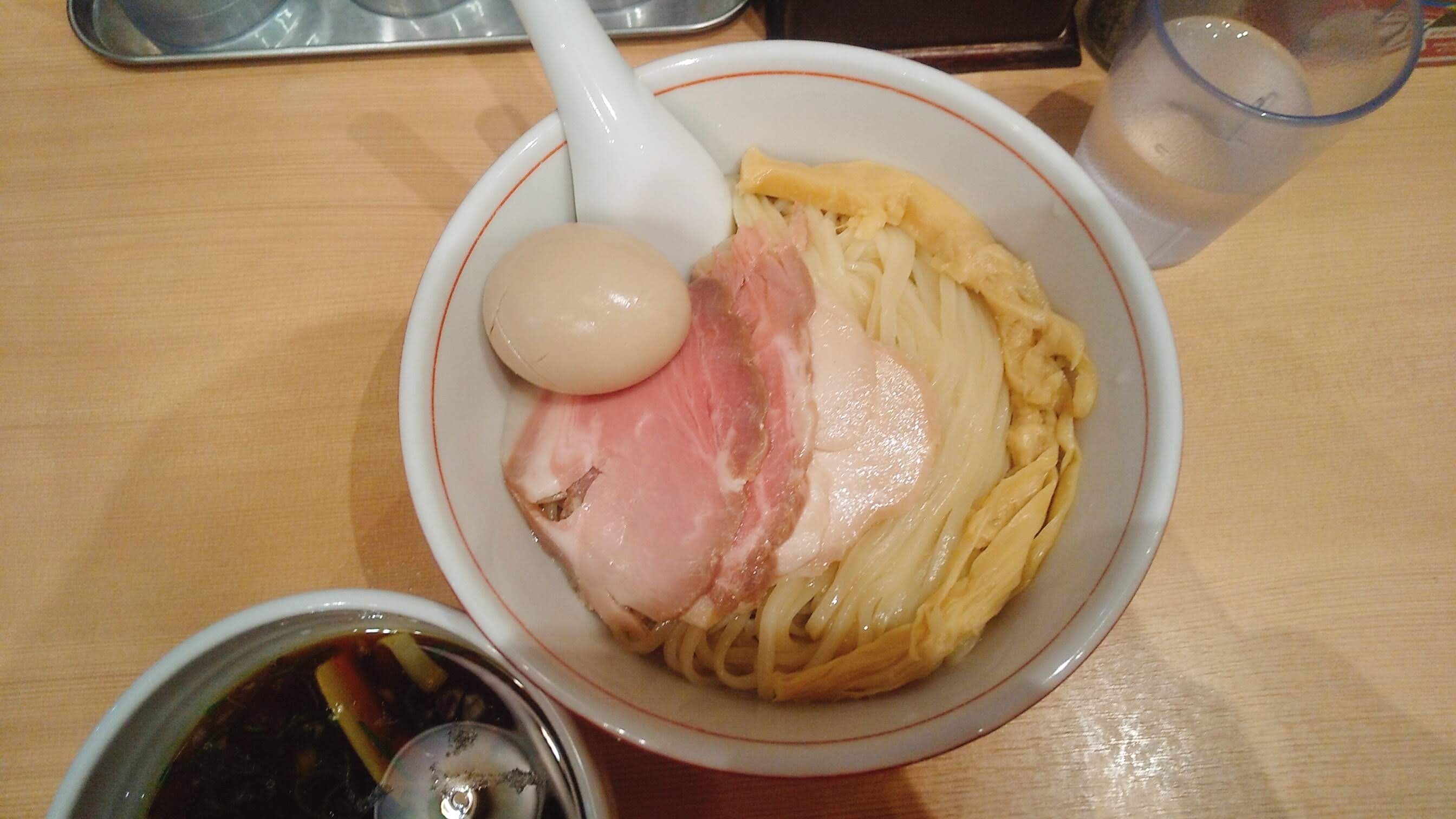 きょうすけの特製つけ麺の麺皿