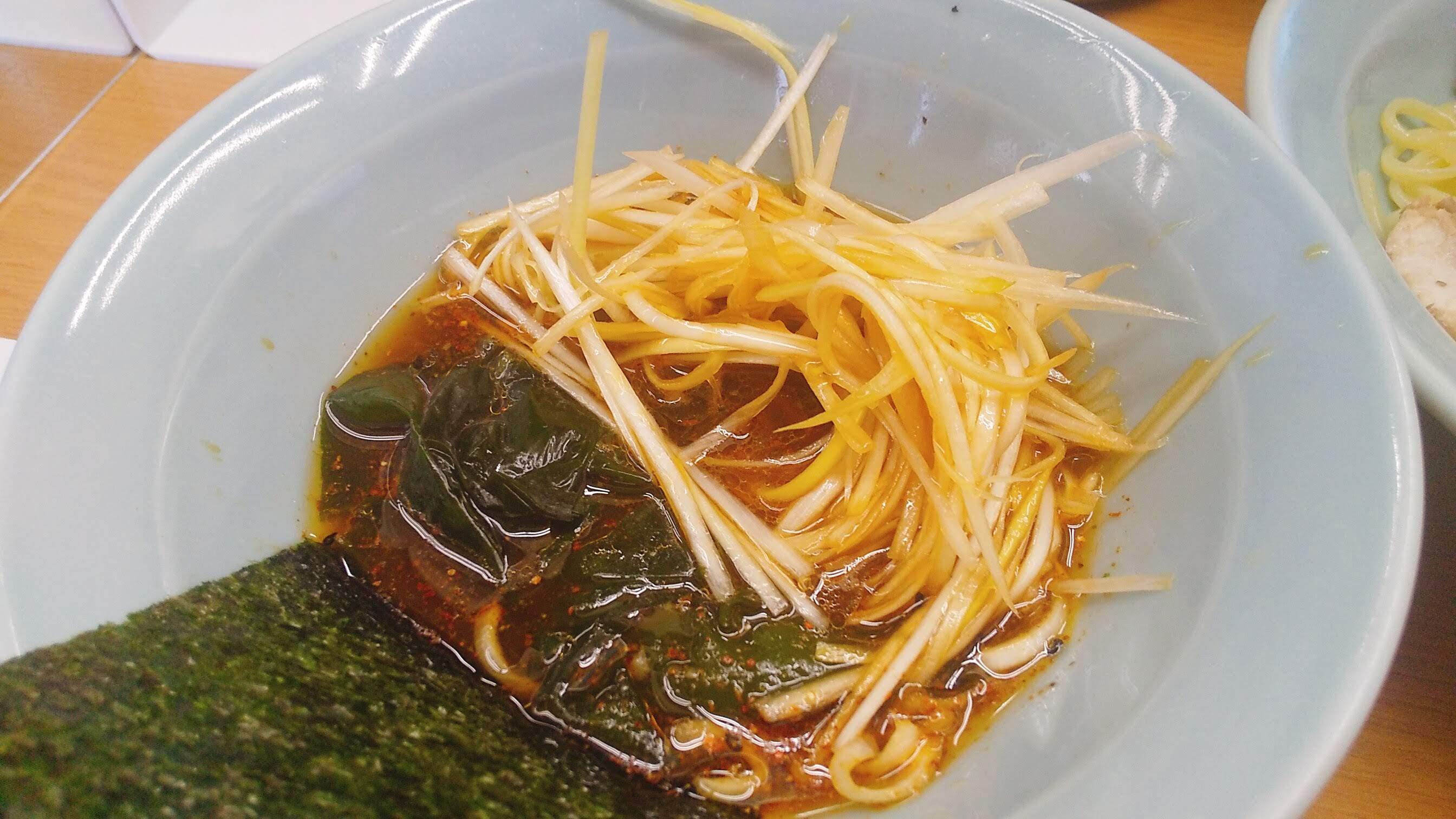 なかむら屋のつけ麺のつけ汁写真