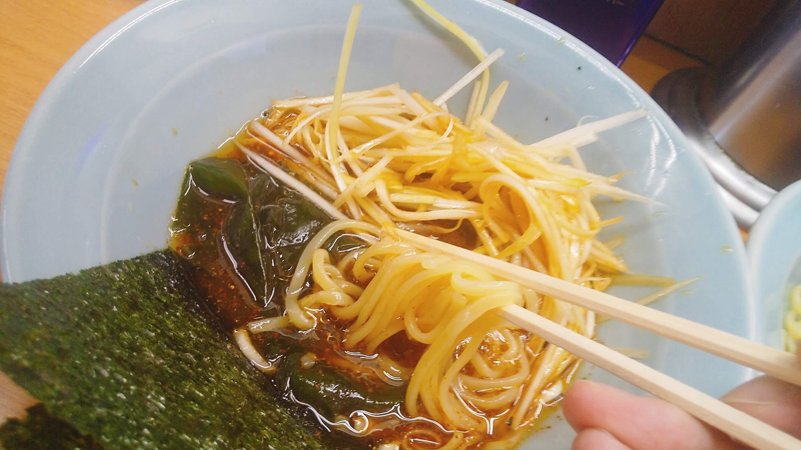 なかむら屋のつけ麺の麺リフト写真