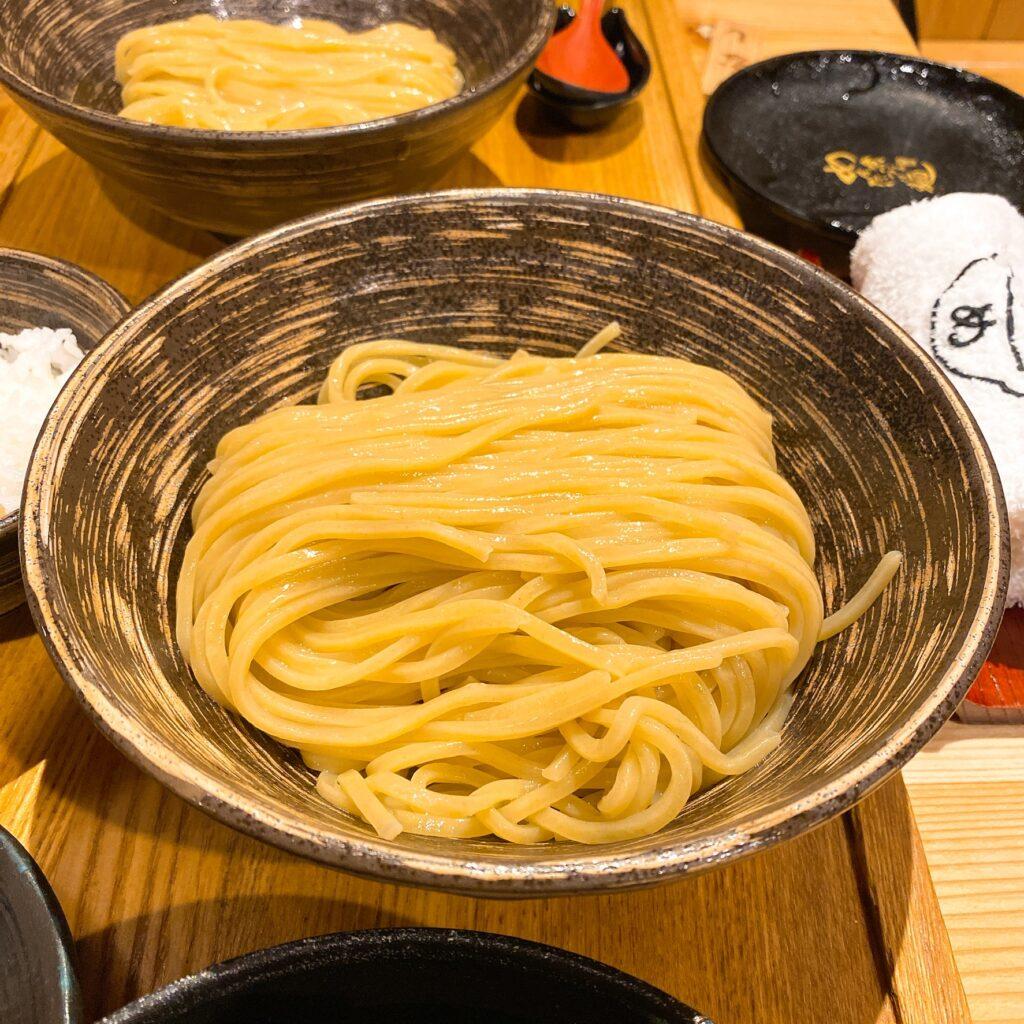 元祖明太煮込みつけ麺の麺
