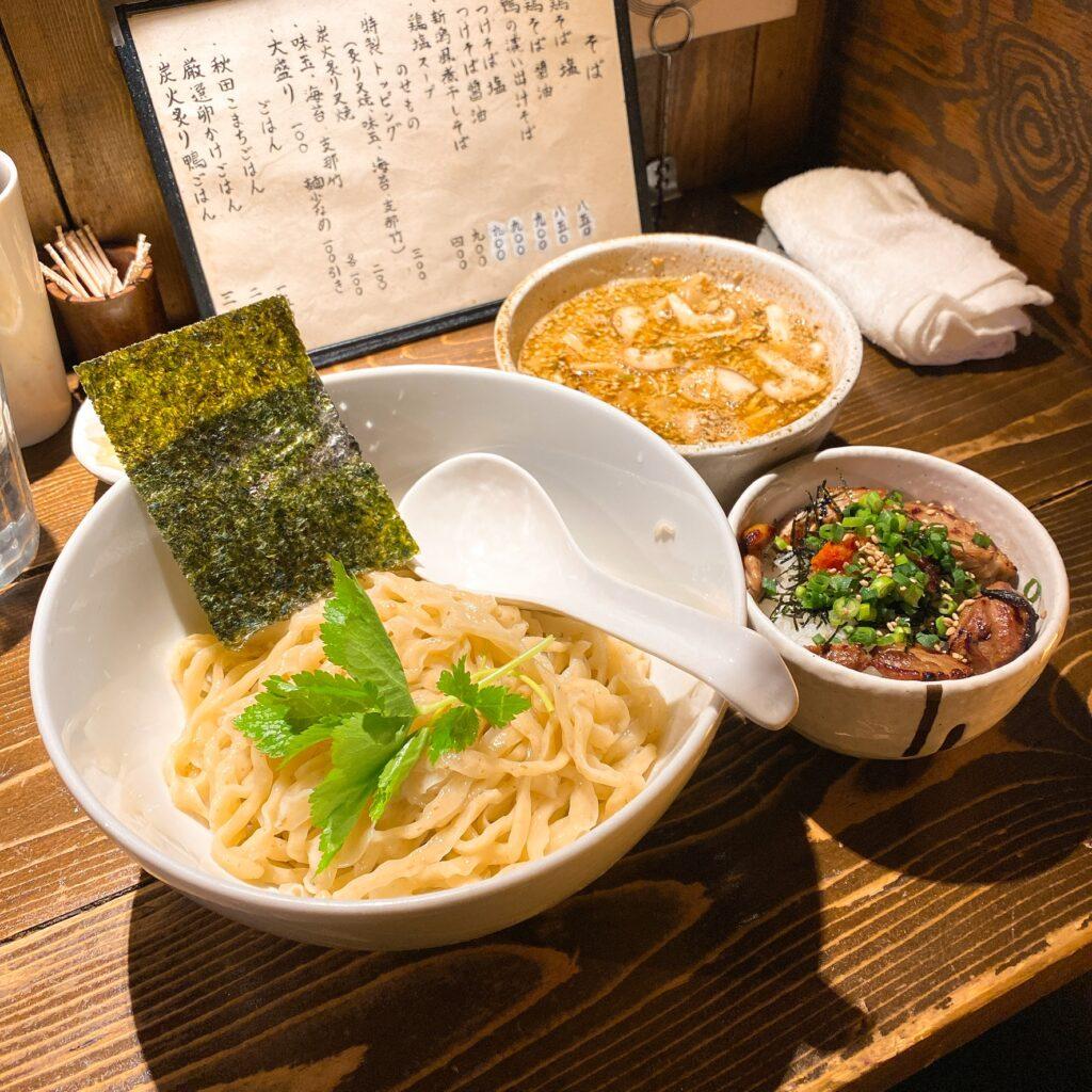 神田とりそばなな蓮のつけ麺