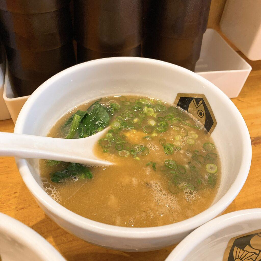 真鯛ラーメン麺魚のスープ