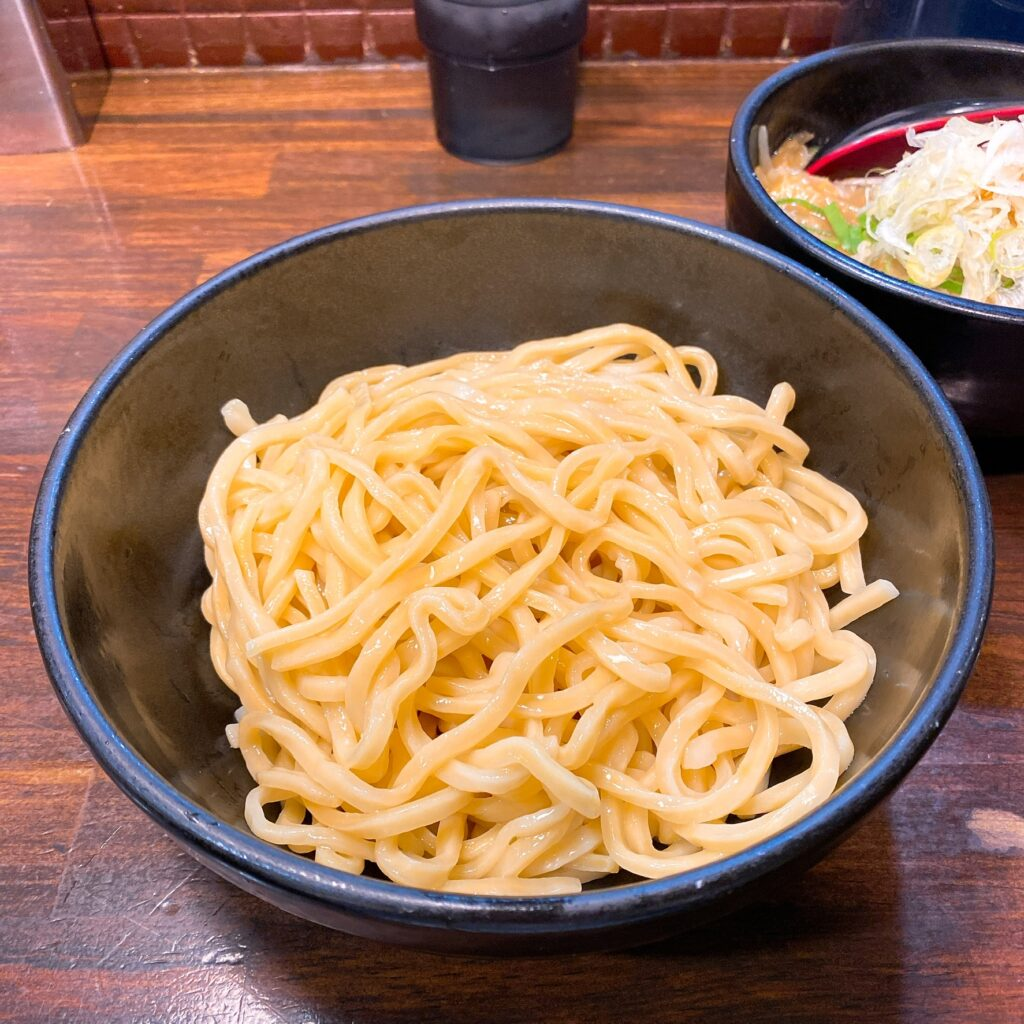 麺処花田の麺