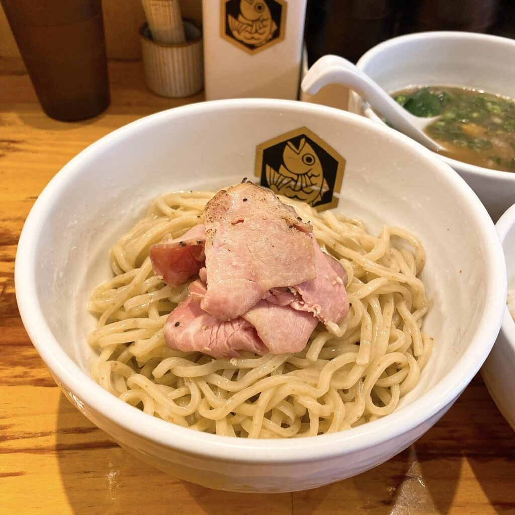 真鯛ラーメン麺魚の麺