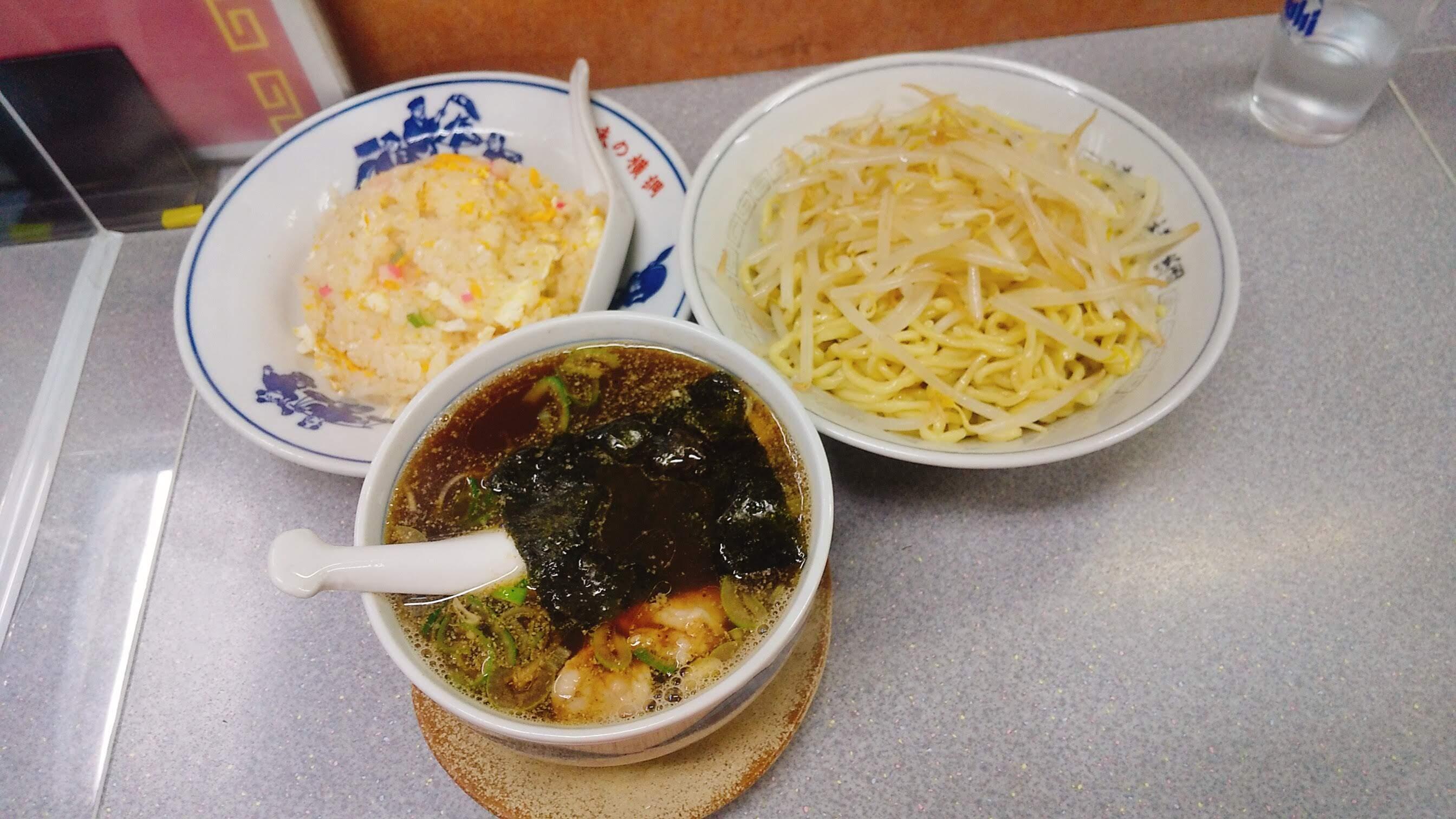 味の横綱のつけ麺の写真