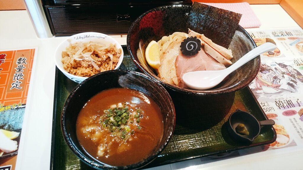 凱婷縁の濃厚煮干しつけ麺の写真