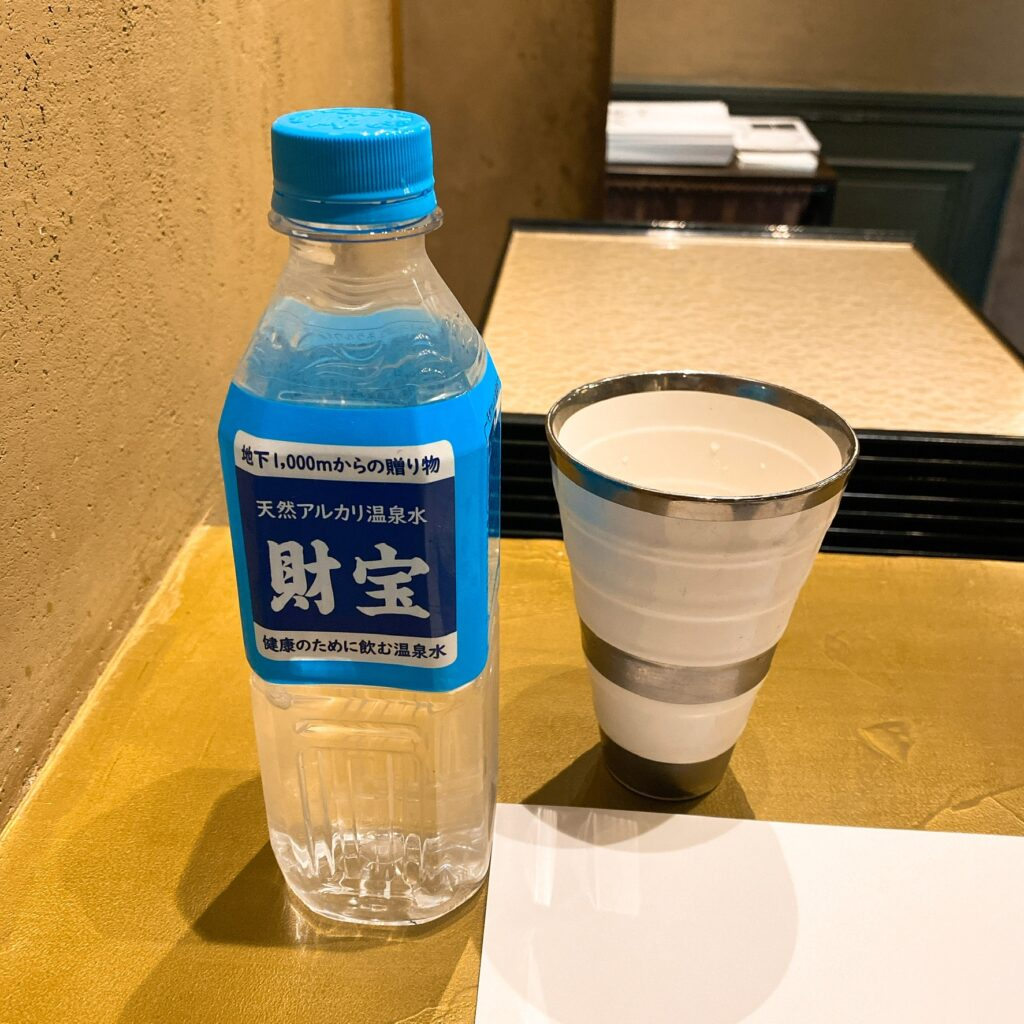 銀座魄瑛のお水