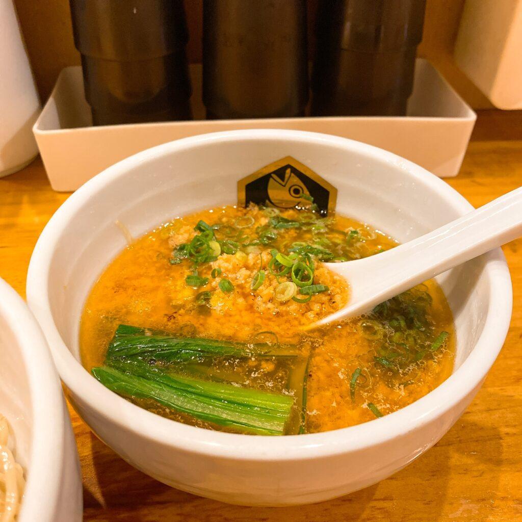 麺魚のスープ