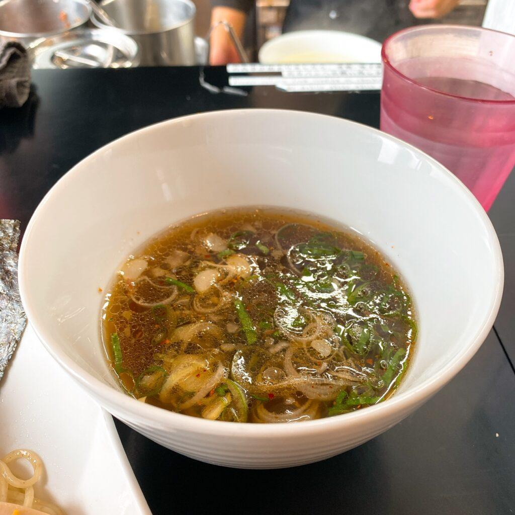 牛骨らぁ麺マタドールのスープ