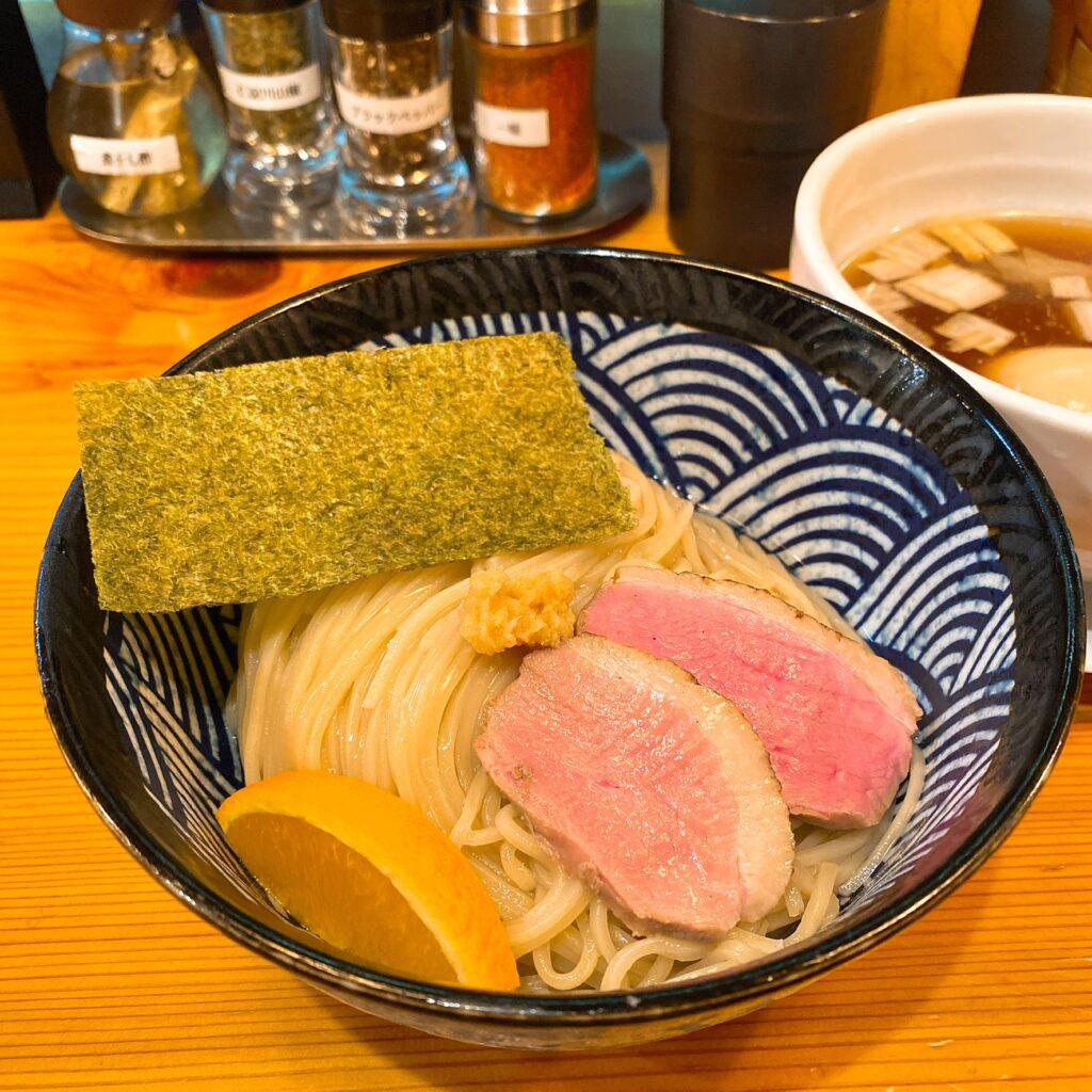 麺堂にしきの麺