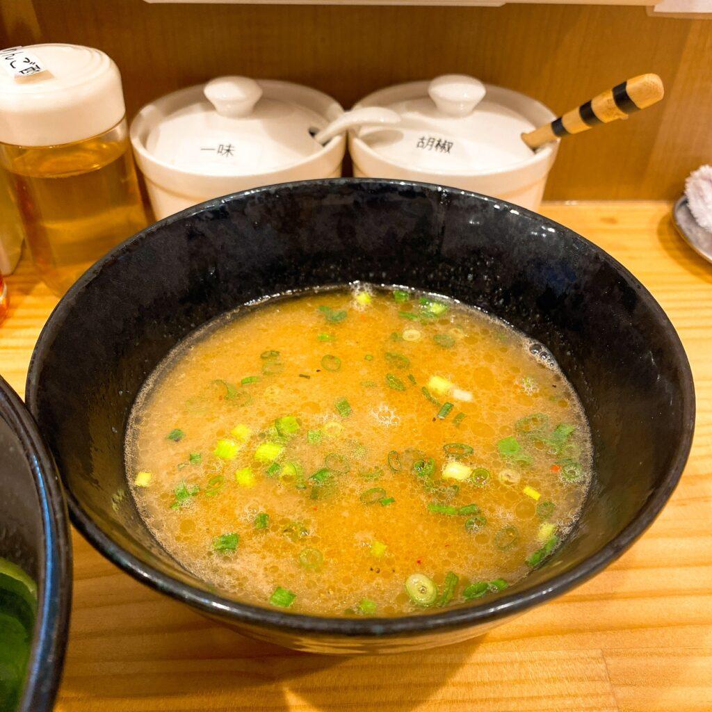 純鶏soba〜kira〜のスープ