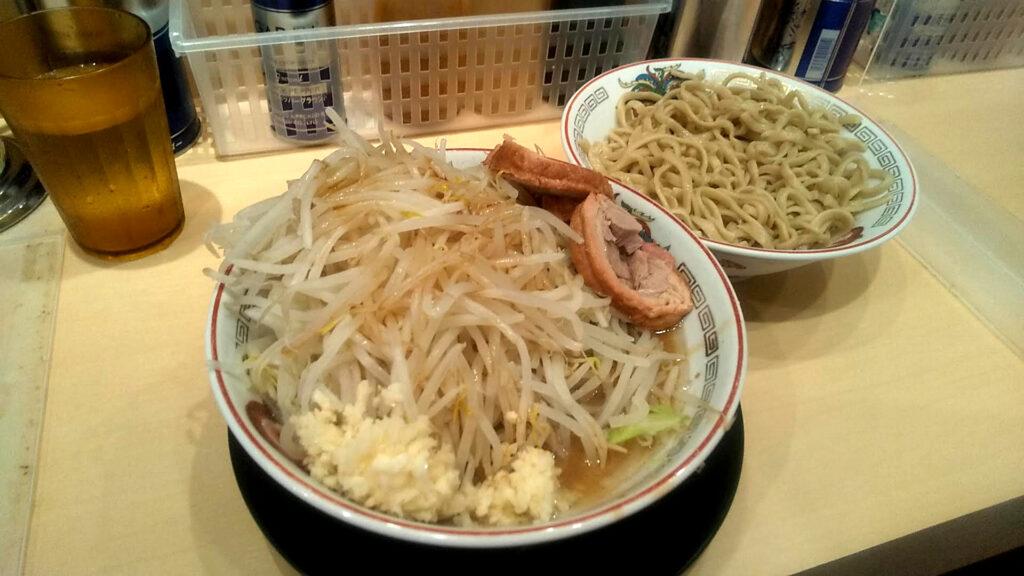 ラーメン豚山のつけ麺(小)の写真